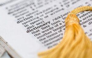 Beglaubigte Übersetzungen – Überlegungen, Bedingungen und Herausforderungen
